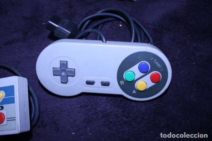 Videojuegos y Consolas: Lote mandos copias NES nintendo originales años 90 - Foto 2 - 203091132