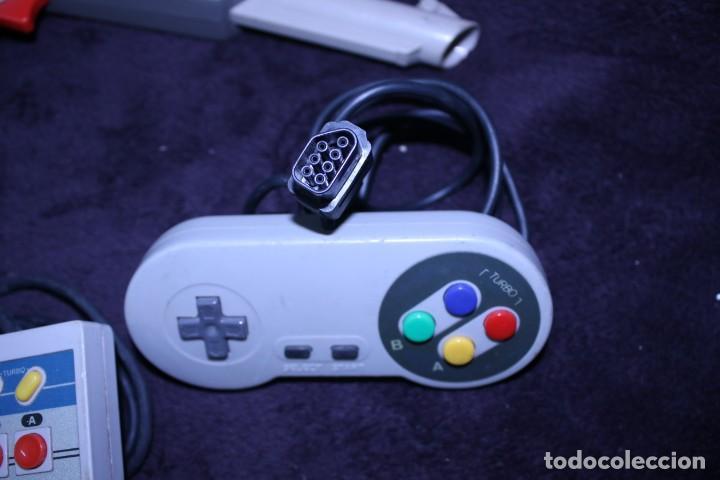 Videojuegos y Consolas: Lote mandos copias NES nintendo originales años 90 - Foto 3 - 203091132