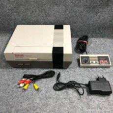 Videojuegos y Consolas: CONSOLA NINTENDO NES ESPAÑOLA+MANDO+AV+AC. Lote 221733845