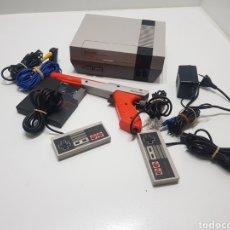 Videojuegos y Consolas: ANTIGÜA CONSOLA NINTENDO NESE-001 FUNCIONANDO. Lote 222025783