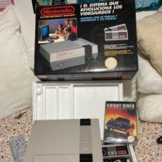 Videojuegos y Consolas: CONSOLA NINTENDO NES COMPLETA Y 3 JUEGOS. Lote 222065068