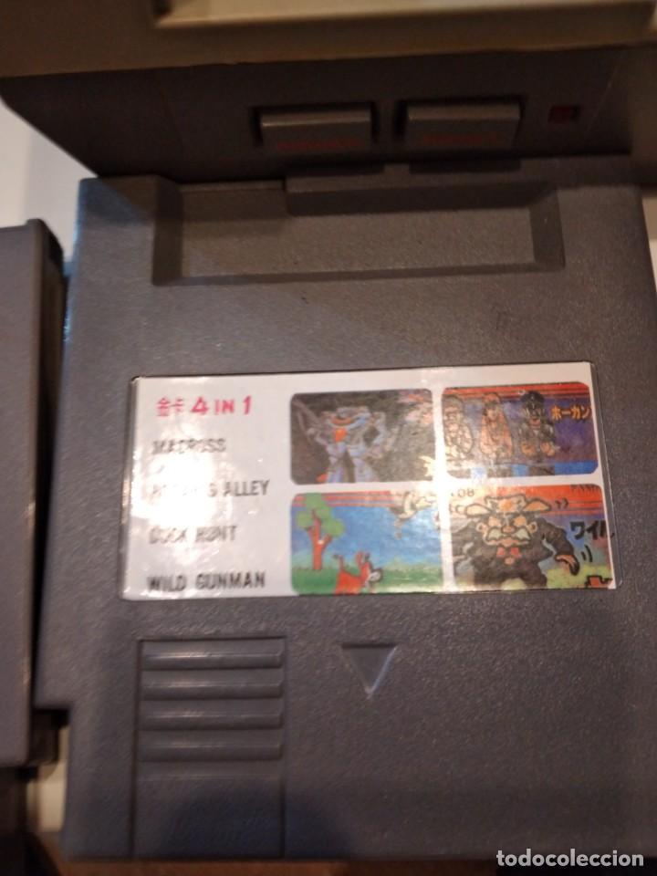 Videojuegos y Consolas: M-2 NINTENDO NES CONSOLA CON ACCESORIOS Y DOS JUEGOS SIN COMPROBAR LAS DE FOTO - Foto 4 - 232727875