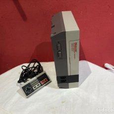 Videojuegos y Consolas: NINTENDO ENTERTAINMENT SISTEM.VERSION ESPAÑOLA.MODELO NO.:NESE-VER FOTOS. Lote 244416945