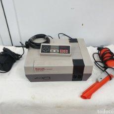 Videojuegos y Consolas: NINTENDO NES MÁS ACCESORIOS. Lote 245215585