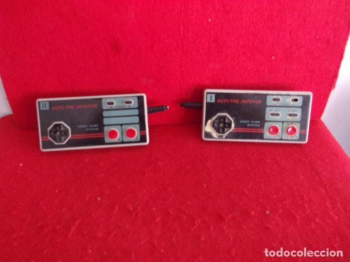2 MANDOS CONSOLA NINTENDO NES,MAS 1 ENTERO CON CABLE (Juguetes - Videojuegos y Consolas - Nintendo - Nes)
