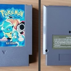 Videojuegos y Consolas: POKEMON BLUE VERSION NINTENDO NES - CLON (NASA, YESS, NIPPON'DO, BRIGMTON, NEVIR...). Lote 266008993
