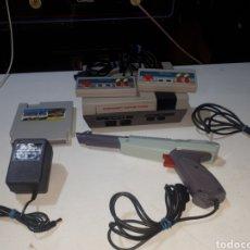 Videogiochi e Consoli: CONSOLA CLONICA NES TURBO CARD COMO NUEVA COMPLETA PISTOLA Y CARTUCHO 168 IN 1. Lote 266576243