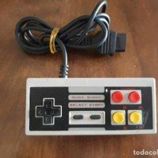 Videojuegos y Consolas: MANDO NINTENDO NES COMPATIBLE. Lote 272751153