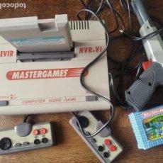 Videojuegos y Consolas: NES CLONICA MASTERGAMES NEVIR + 2 JUEGOS - COMPATIBLE CON NES PAL Y FAMICOM JAPON - LEER DESCRIPCION. Lote 276706738