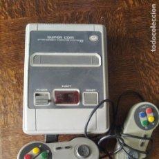 Videojuegos y Consolas: NINTENDO CLONICA SUPER COM, CON JUEGOS EN MEMORIA - COMPATIBLE CON JUEGOS NES PAL. Lote 276707133