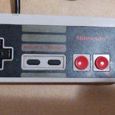 Videojuegos y Consolas: MANDO ORIGINAL NINTENDO NES 004E. Lote 295699073