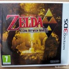 Jeux Vidéo et Consoles: THE LEGEND OF ZELDA A LINK BETWEEN WORLDS NINTENDO 3DS COMO NUEVO PAL ESPAÑA COMPLETO. Lote 113330043