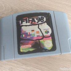 Videojuegos y Consolas: NINTENDO 64 JUEGO FIFA 98. Lote 197919245