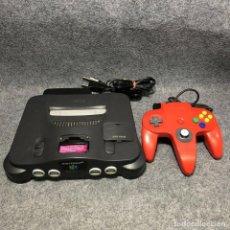 Videojuegos y Consolas: CONSOLA NINTENDO 64+MANDO ROJO+AV+AC. Lote 206345950
