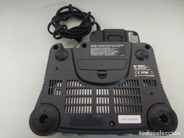 Videojuegos y Consolas: CONSOLA NINTENDO 64 CON DOS MANDOS. - Foto 4 - 234919755