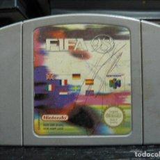 Videojuegos y Consolas: JUEGO DE NINTENDO 64 FIFA 98. Lote 245971515