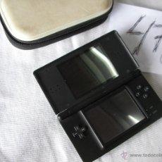 Videojuegos y Consolas: CONSOLA NINTENDO DS CON ESTUCHE. Lote 47970321
