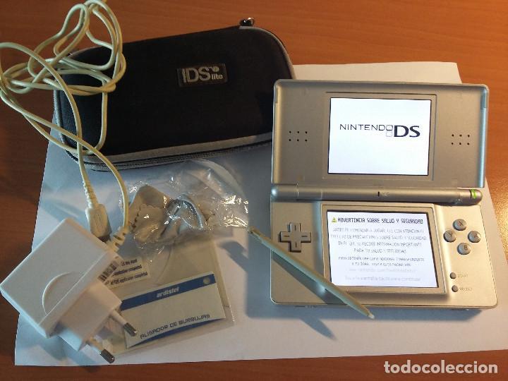 NINTENDO DS LITE + CARGADOR + FUNDA + 2 PROTECTORES PANTALLA + LAPIZ (Juguetes - Videojuegos y Consolas - Nintendo - DS)