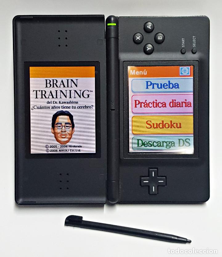 Videojuegos y Consolas: Consola NINTENDO DS LITE. Con cargador y juego BRAIN TRAINING - Foto 2 - 204060477