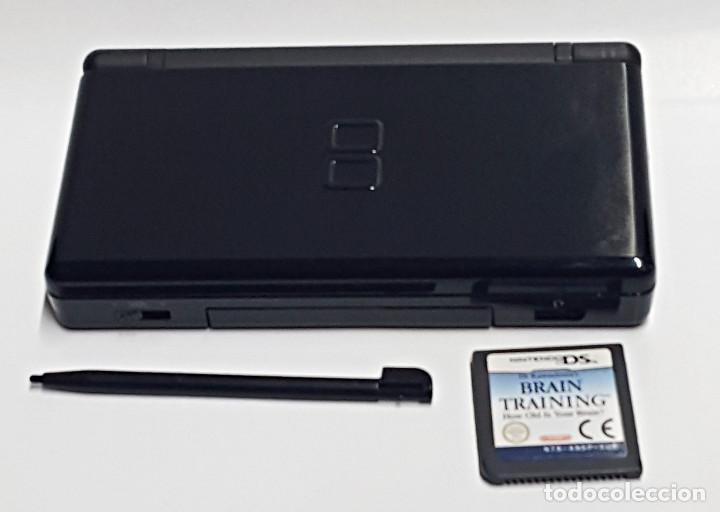 Videojuegos y Consolas: Consola NINTENDO DS LITE. Con cargador y juego BRAIN TRAINING - Foto 3 - 204060477