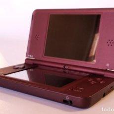 Videojuegos y Consolas: NINTENDO DSI XL CEREZA - USADA. Lote 241931840