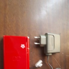 Videojuegos y Consolas: CONSOLA DS LITE-ROJA CON CARGADOR. Lote 272586088