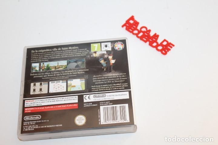 Videojuegos y Consolas: NINTENDO DS JUEGO EL PROFESOR LAYTON Y LA VILLA MISTERIOSA - COMPLETO - Foto 2 - 293631598
