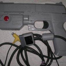Videojuegos y Consolas: PISTOLA NAMCO PARA PLAYSTATION. Lote 21113708