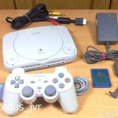 Videojuegos y Consolas: CONSOLA SONY PLAYSTATION PLAY STATION PS ONE PSONE PS1 PAL COMPLETA MANDO DUAL SHOCK Y MEMORIA. Lote 80058749