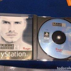 Videojuegos y Consolas: PLAYSTATION JUEGO PARA PS1. PSX ( DAVID BECKHAM SOCCER ) 2001 RAGE PAL ESPAÑA COMPLETO. Lote 120562751