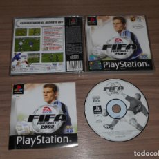 Videojuegos y Consolas: FIFA 2002 COMPLETO PLAYSTATION PAL ESPAÑA. Lote 143082454