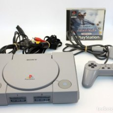 Videojogos e Consolas: SONY PLAYSTATION 1 - PS1 - CON UN JUEGO - TIME CRISIS OPERACIÓN TITAN. Lote 149642026
