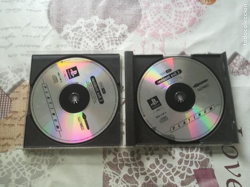 Videojuegos y Consolas: RESIDENT EVIL 2 PS1 - PSX - Foto 2 - 161219218