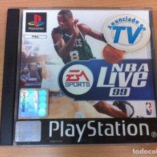 Videojuegos y Consolas: JUEGO PARA PS1 PLAYSTATION - BASKET NBA LIVE 99 1999 - EA SPORTS, 1998. INSTRUCCIONES EN CASTELLANO. Lote 169283760