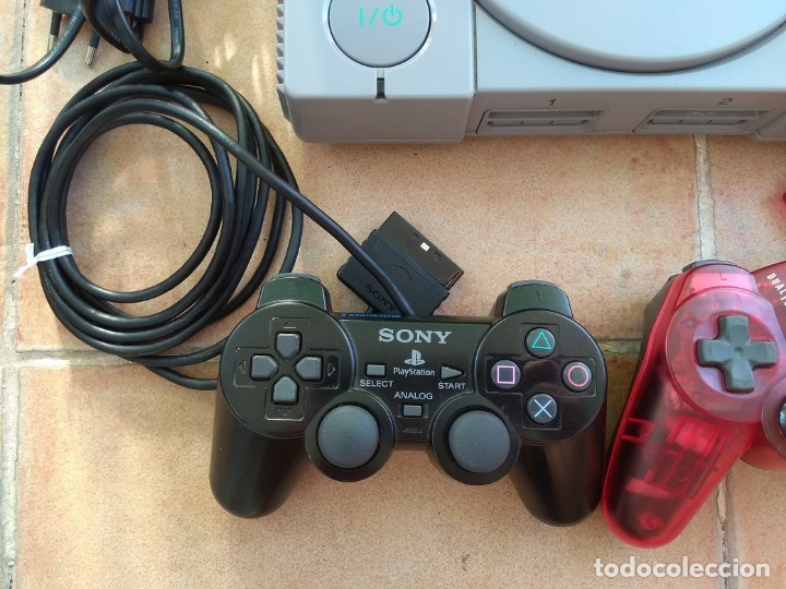 Videojuegos y Consolas: CONSOLA SONY PLAYSTATION 1 - PS1 - Foto 4 - 173792922