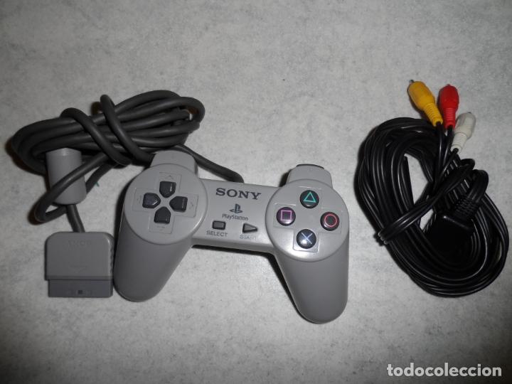 Videojuegos y Consolas: CONSOLA PS1 SCPH-5502 + FIFA 2002 - Foto 5 - 181550627