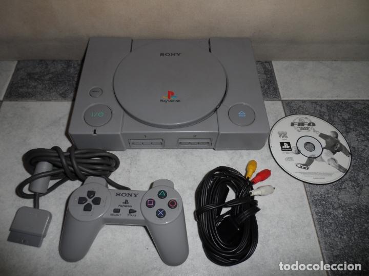 CONSOLA PS1 SCPH-5502 + FIFA 2002 (Juguetes - Videojuegos y Consolas - Sony - PS1)