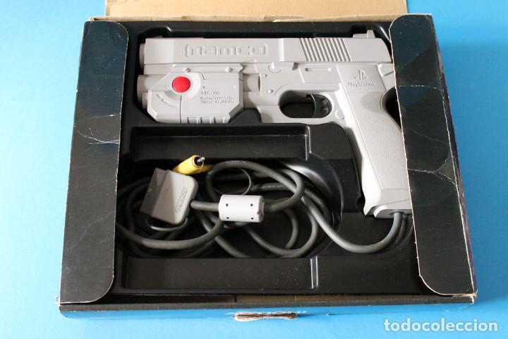 Videojuegos y Consolas: Sony Playstation 1 - Pistola G-Con45 - Foto 2 - 189794357