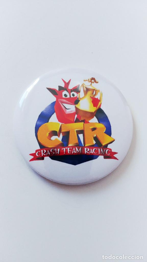 CHAPA DE CRASH TEAM RACING - IMAN DE 58MM segunda mano