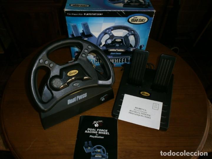 MAD CATZ DUAL FORCE RACING WHEEL FOR PLAYSTATION + REALPLAY RACING PARA PLAYSTATION 2 - 1998. (Juguetes - Videojuegos y Consolas - Sony - PS1)