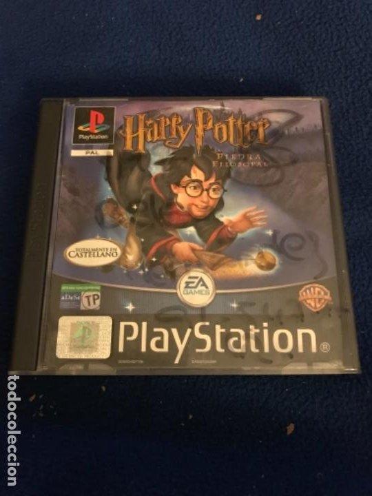 HARRY POTTER Y LA PIEDRA FILOSOFAL. PLAY STATION 1. (Juguetes - Videojuegos y Consolas - Sony - PS1)