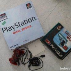 Videojuegos y Consolas: CONSOLA PLAYSTATION 1 + PISTOLA + OTROS.. Lote 198411652