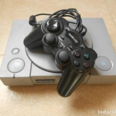 Videojuegos y Consolas: CONSOLA ORIGINAL SONY PLAYSATION 1 PS1 PSX CON MANDO - FUNCIONA. Lote 202990276