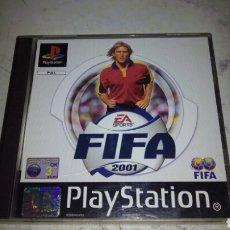 Videojuegos y Consolas: JUEGO PS1 FIFA 2001 COMPLETO , VER FOTOS. Lote 203625155