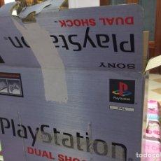 Videojogos e Consolas: PLAYSTATION 1 CON MANDO, TARJETA Y CAJA Y LOS CABLES. LA CAJA EN MAL ESTADO. Lote 203897597