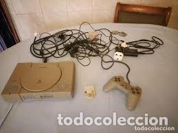 PLAYSTATION 1 SONY CON TODOS LOS CABLES Y CONEXIONES,ENCHUFE INGLES CON ADAPTADOR (Juguetes - Videojuegos y Consolas - Sony - PS1)
