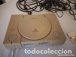 Videojuegos y Consolas: playstation 1 sony con todos los cables y conexiones,enchufe ingles con adaptador - Foto 2 - 206512005