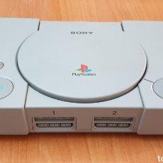 Videojuegos y Consolas: CONSOLA VINTAGE SONY PLAYSTATION 1 PS1 MODELO SCPH-5502. Lote 212381681