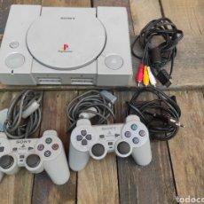 Videojuegos y Consolas: CONSOLA PLAYSTATION 1 COMPLETA. Lote 219657138