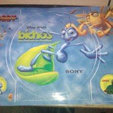 Jeux Vidéo et Consoles: PEGATINA BICHOS PS1. MUY BUEN ESTADO.. Lote 219694610